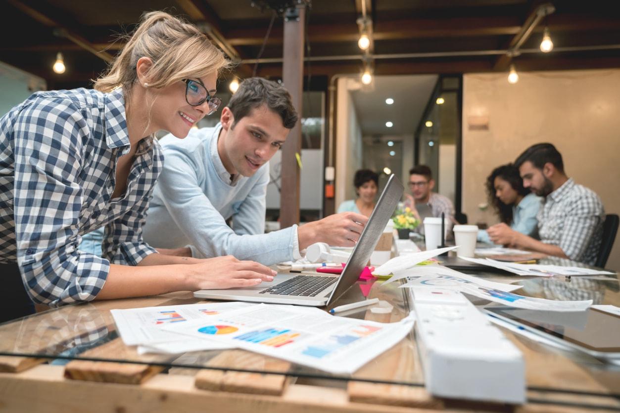 Webmarketing de multiples métiers unis par une culture numérique commune